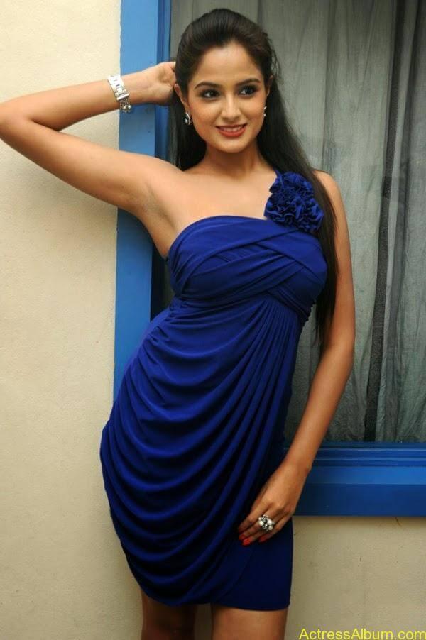 Asmita Sood (Asmitha Sood)_02