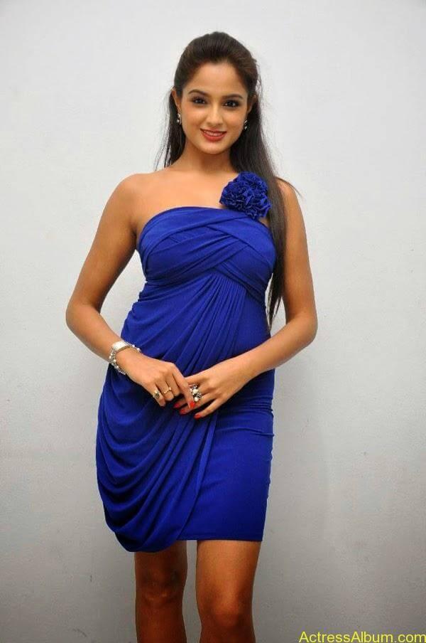 Asmita Sood (Asmitha Sood)_06