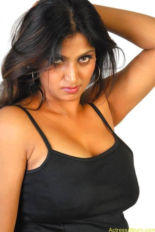 Bhuvaneshwari_01 (2)