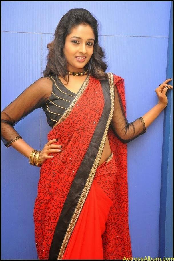 Esha Gupta Hot 1