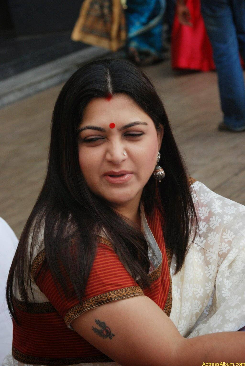 Khushboo Hot In Saree-6981