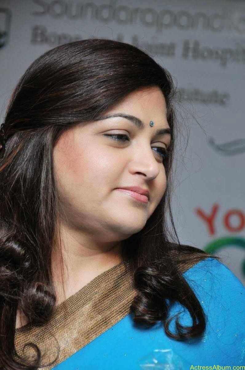 Kushboo Hot In Blue Saree (1)