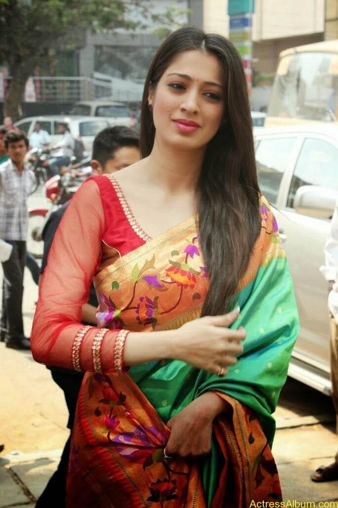 Lakshmi Rai Stunning Photoshoot In Saree (3)