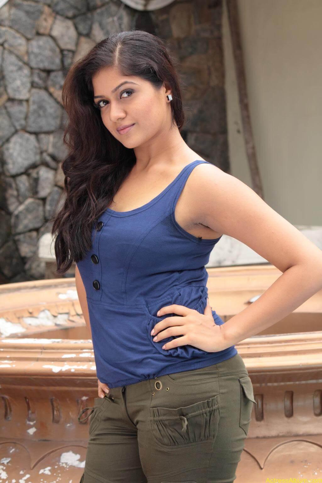 Meghana Raj Stills (2)