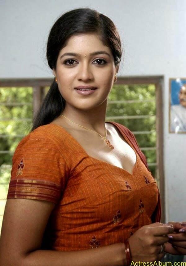 Meghana Raj_04