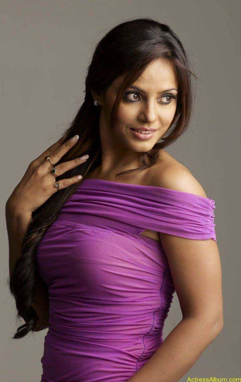 Neetu Chandra Photoshoot (4)