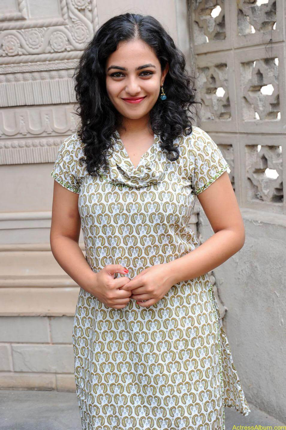 Nithya-Menon-Cute-Photos-CF-01