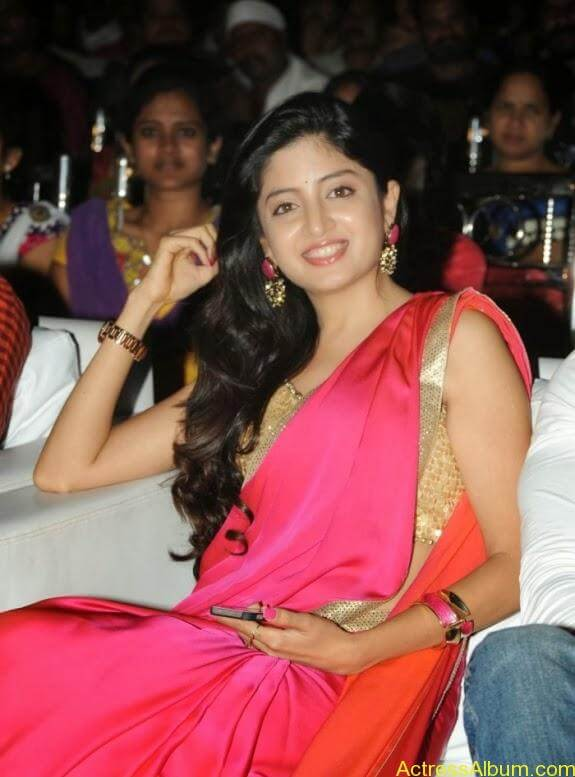 Poonam Kaur Hot in Audio Function4