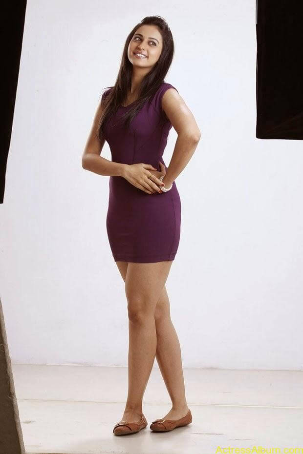 Rakul Preet Singh Hot Photoshoot  (6)