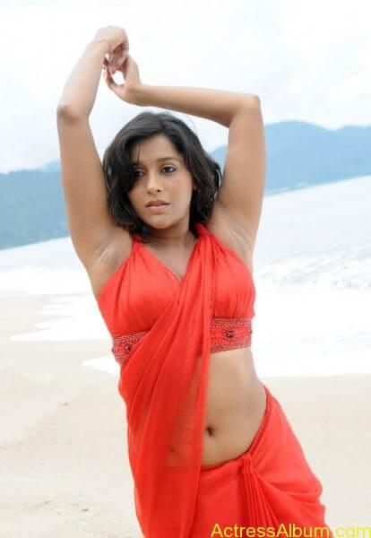 rashmi-gautam-hot-navel-show-pics-_5_