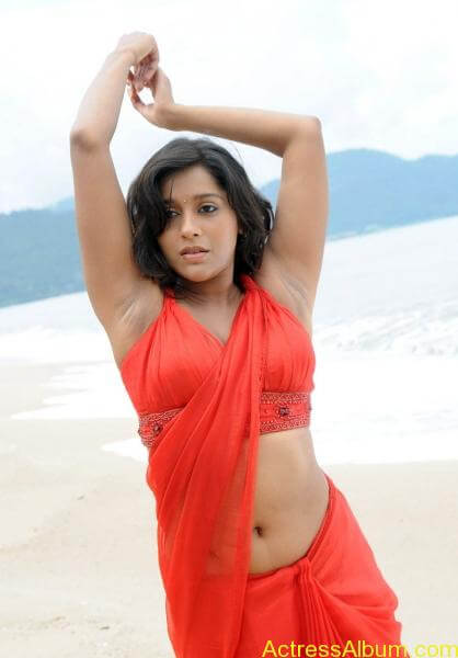 rashmi-gautam-hot-navel-show-pics
