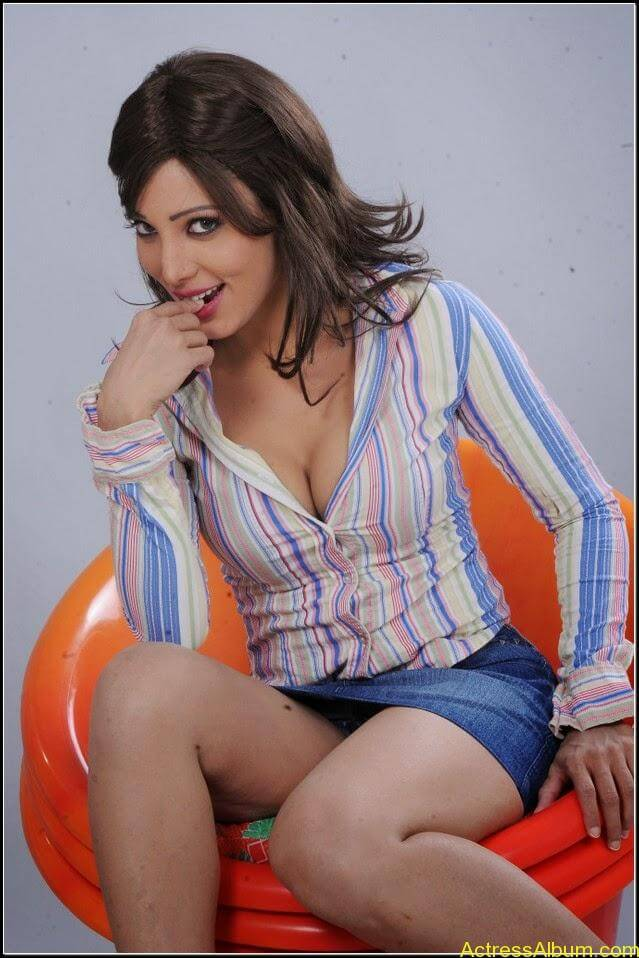 Ruby Ahmed Hot Images 10