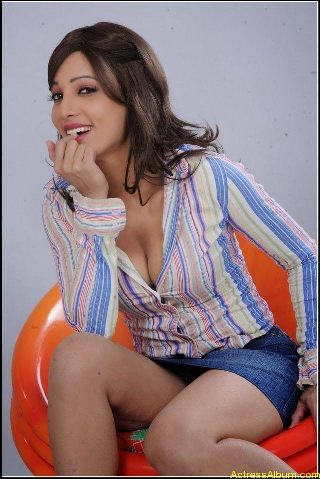 Ruby Ahmed Hot Images 11