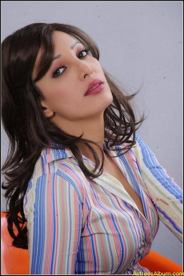Ruby Ahmed Hot Images 17