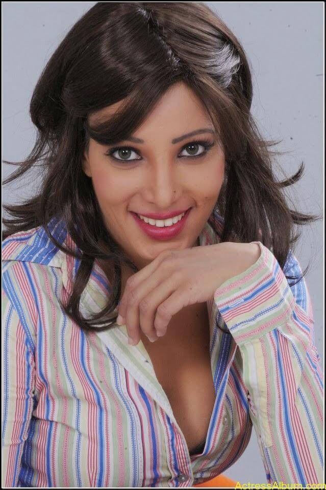 Ruby Ahmed Hot Images 2