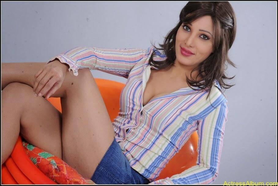 Ruby Ahmed Hot Images 22