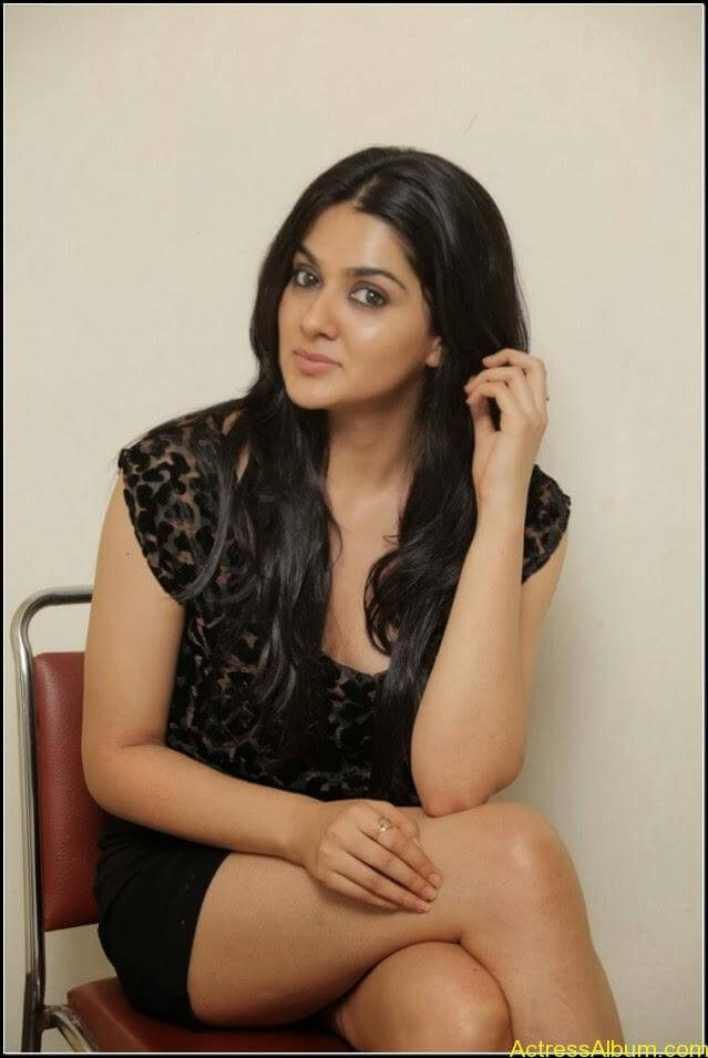 sakshi chowdary Exposing Sexy Legs Show12