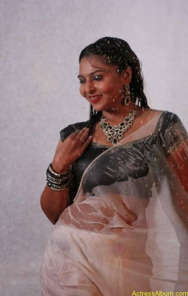 Samvrutha Sunil Hot Exposing in Rain 1
