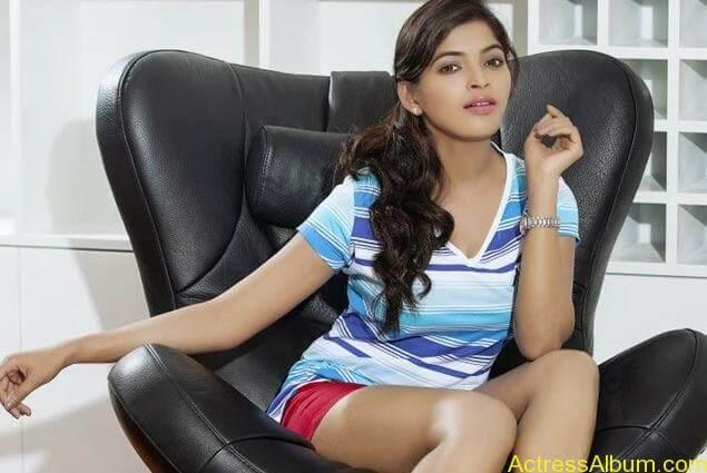 sanchita-shetty-photoshoot-Actress  (1)