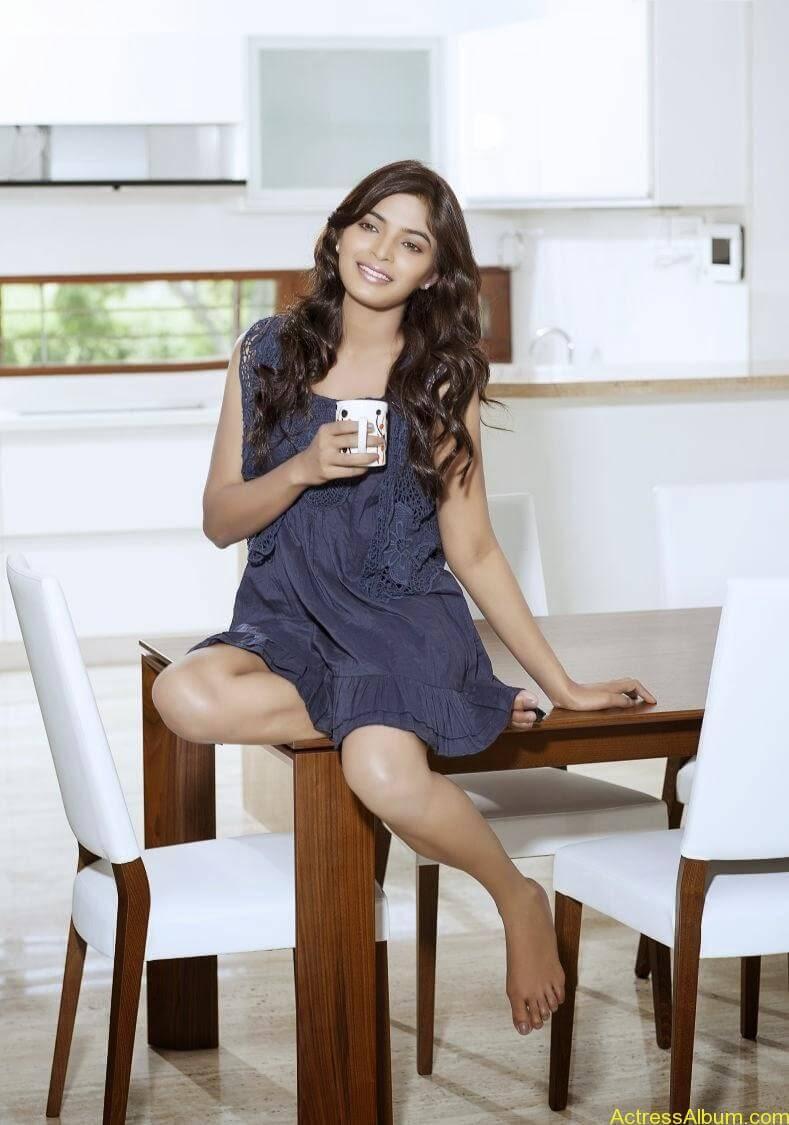sanchita-shetty-photoshoot-Actress (2)