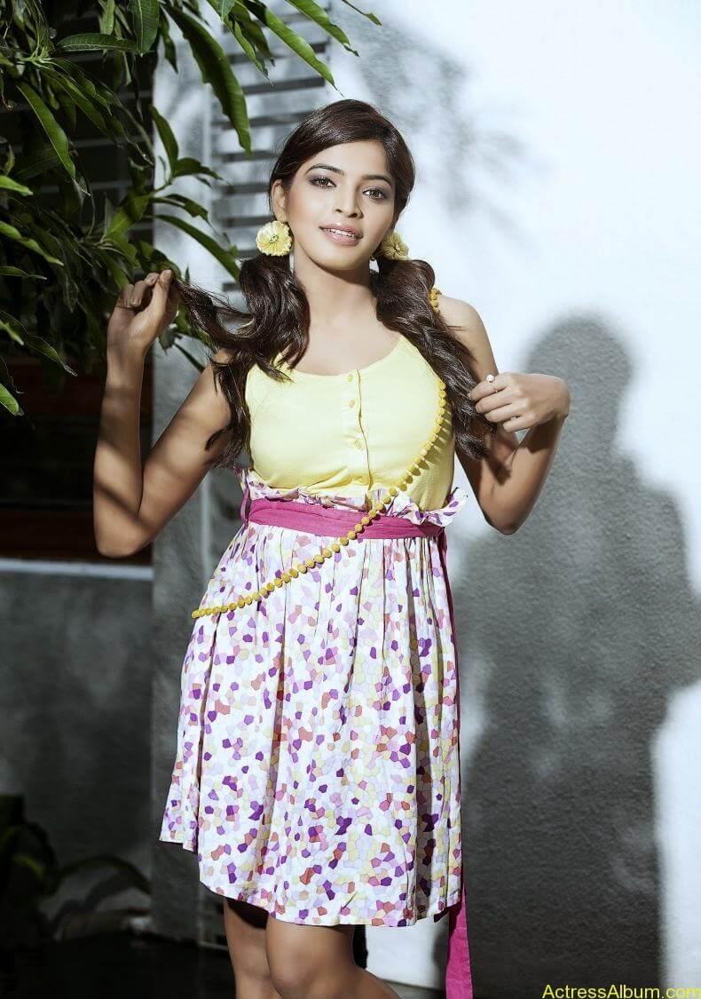 sanchita-shetty-photoshoot-Actress (3)