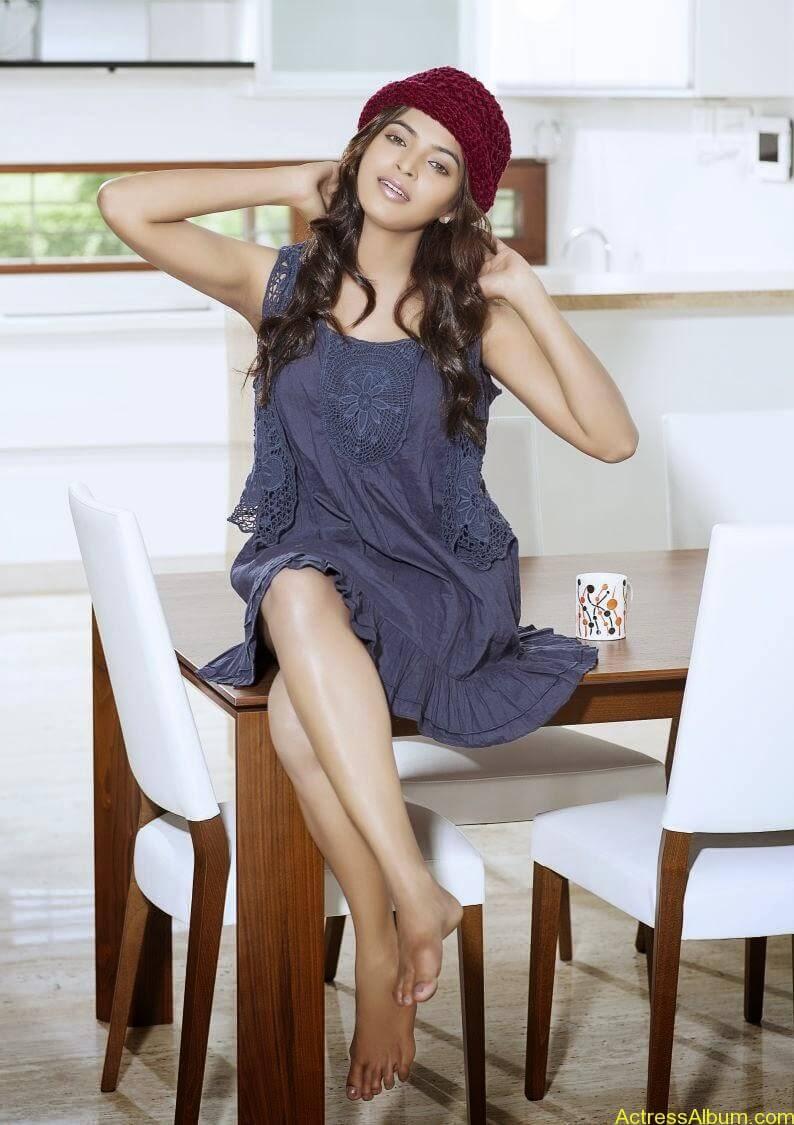 sanchita-shetty-photoshoot-Actress (6)