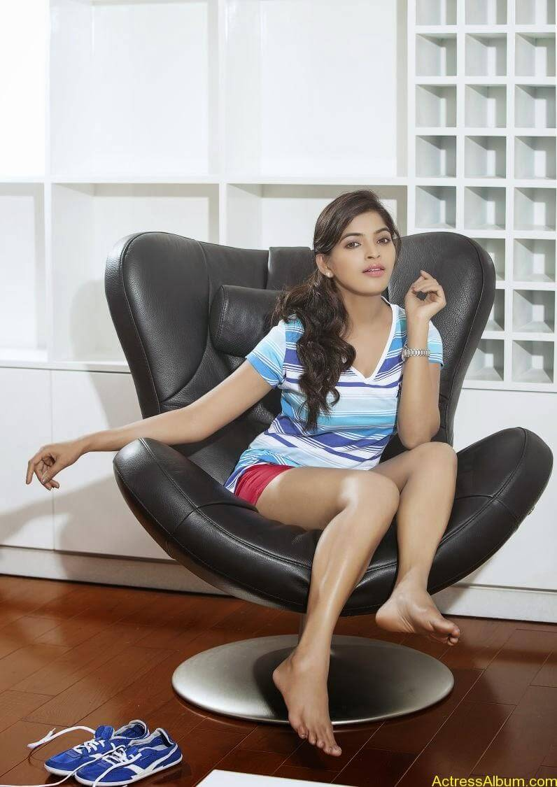 sanchita-shetty-photoshoot-Actress (7)