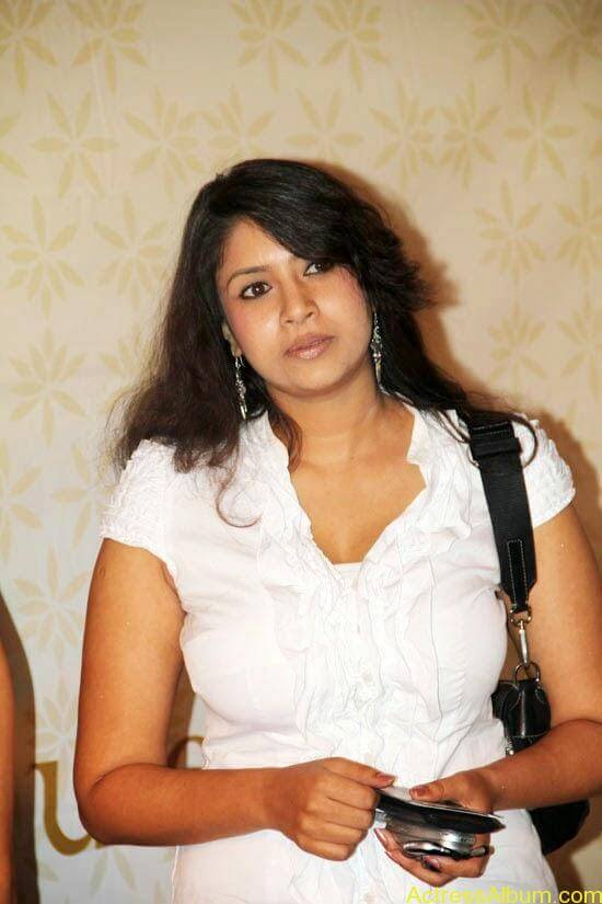 Sangavi Hot In White Dress (1)