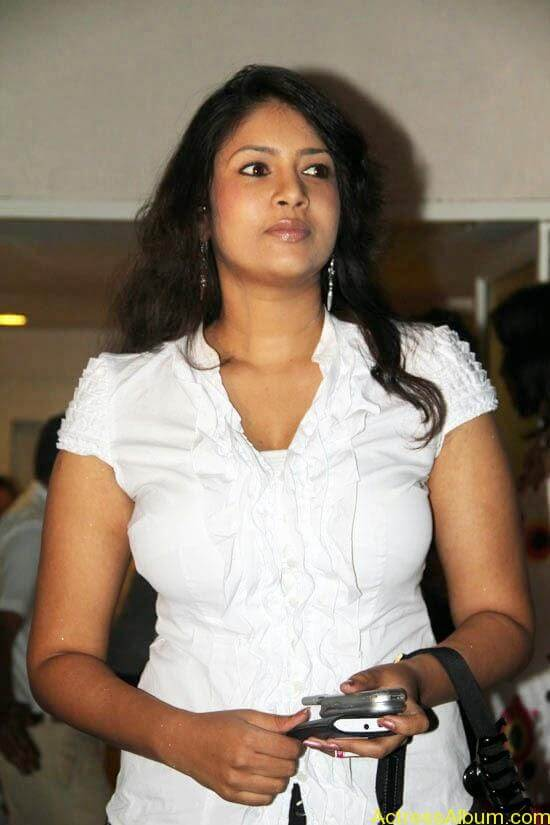Sangavi Hot In White Dress (4)