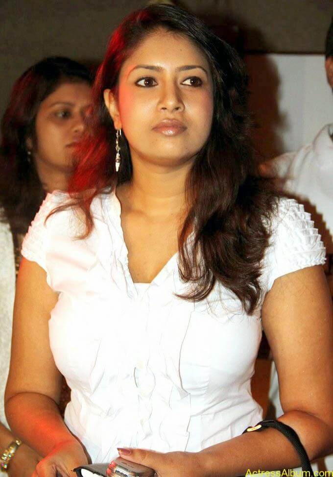 Sangavi Hot In White Dress (7)