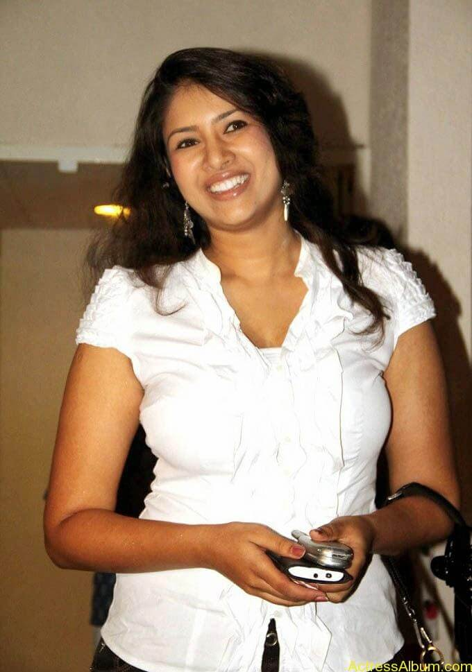 Sangavi Hot In White Dress (8)