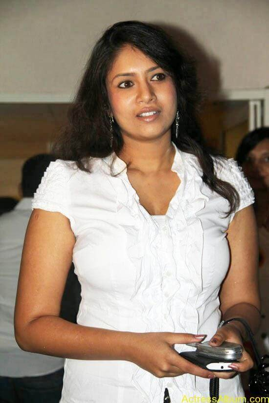 Sangavi Hot In White Dress (9)
