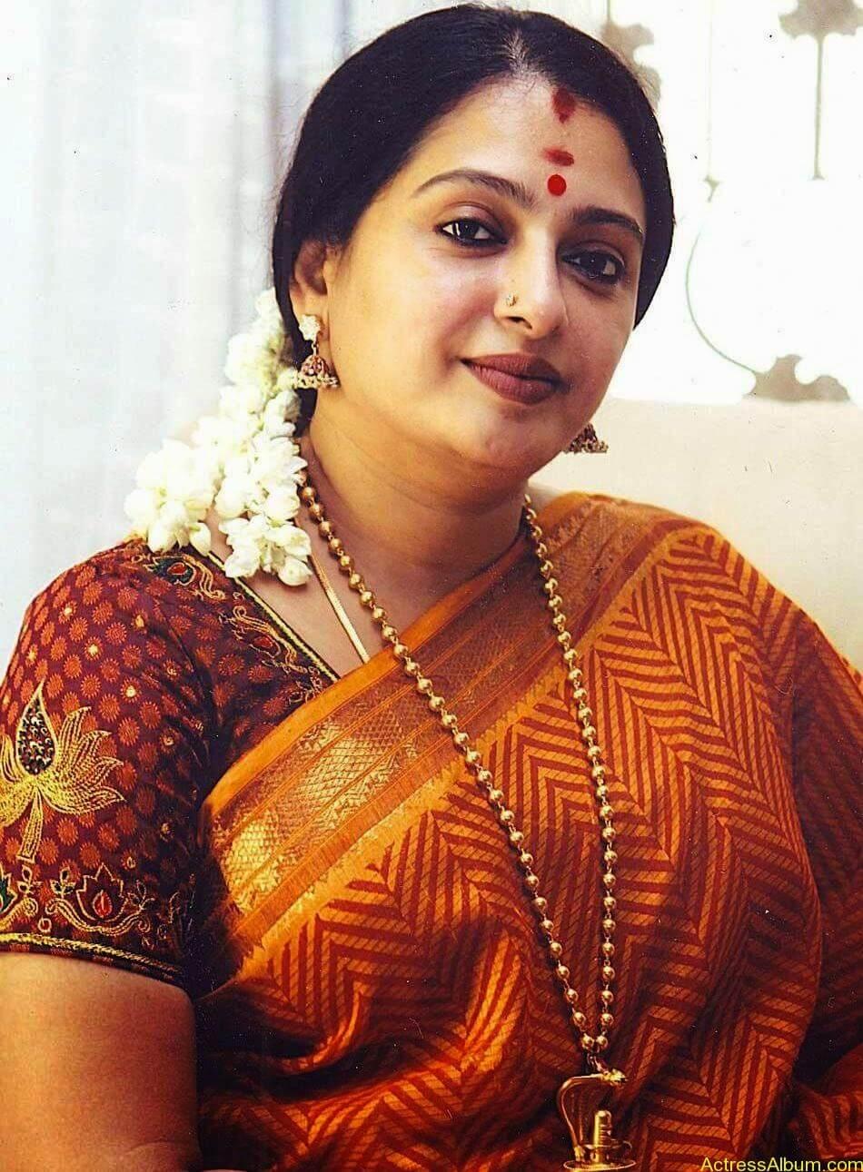 Seetha Aunty Hot Pics (10)