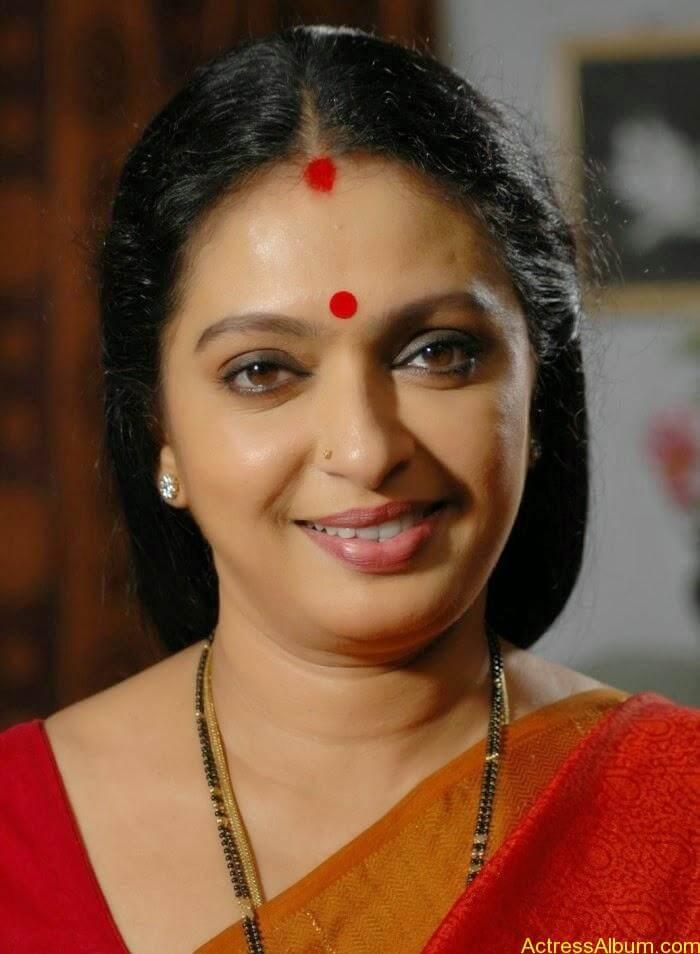 Seetha Aunty Hot Pics (5)