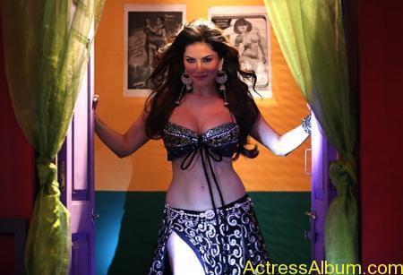 Sexy Sunny Leone Latest Hot Photos From Shootout At Wadala (7)