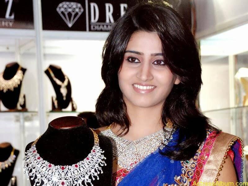 Shamli in saree at jewelry shop opening 10