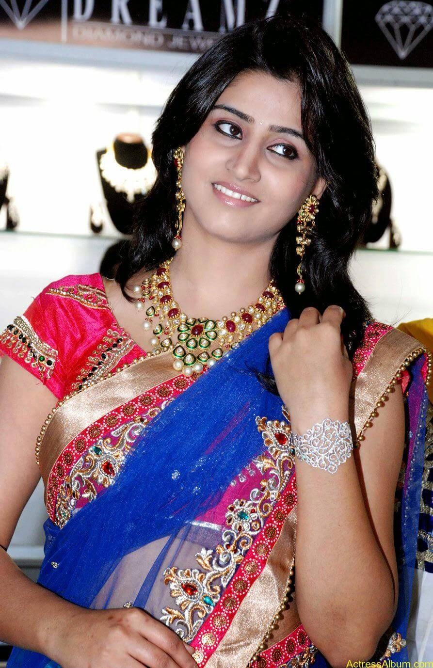 Shamli in saree at jewelry shop opening 6