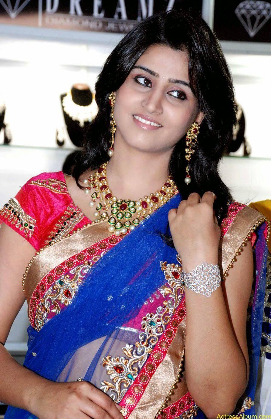 Shamli in saree at jewelry shop opening 6