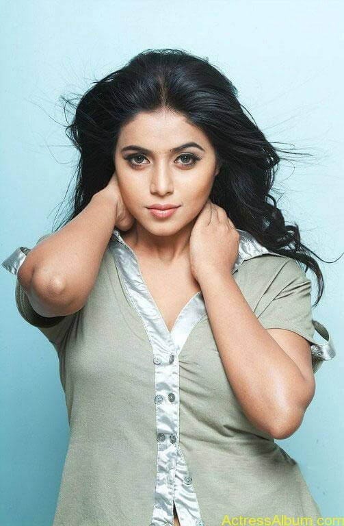 Shamna Kasim - Poorna Hot Stills (11)
