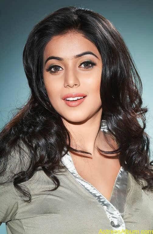 Shamna Kasim - Poorna Hot Stills (6)