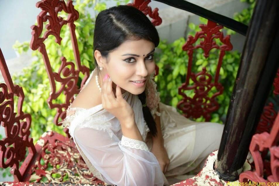 Sharmiela Mandre10
