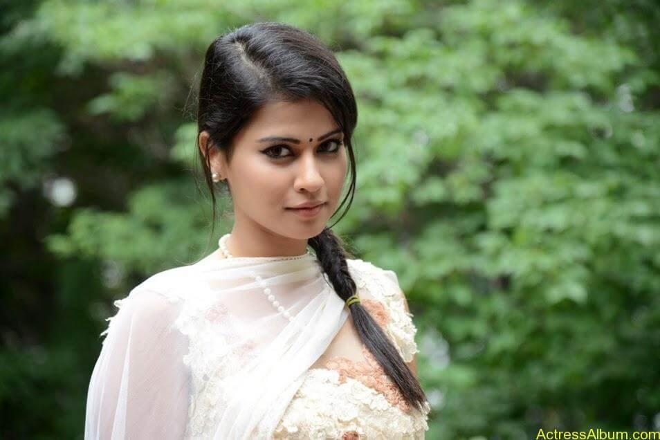 Sharmiela Mandre13