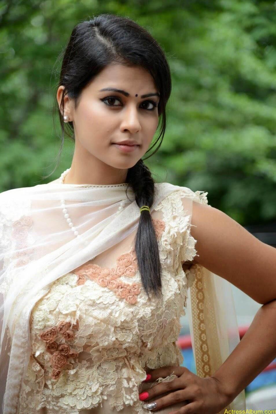Sharmiela Mandre7