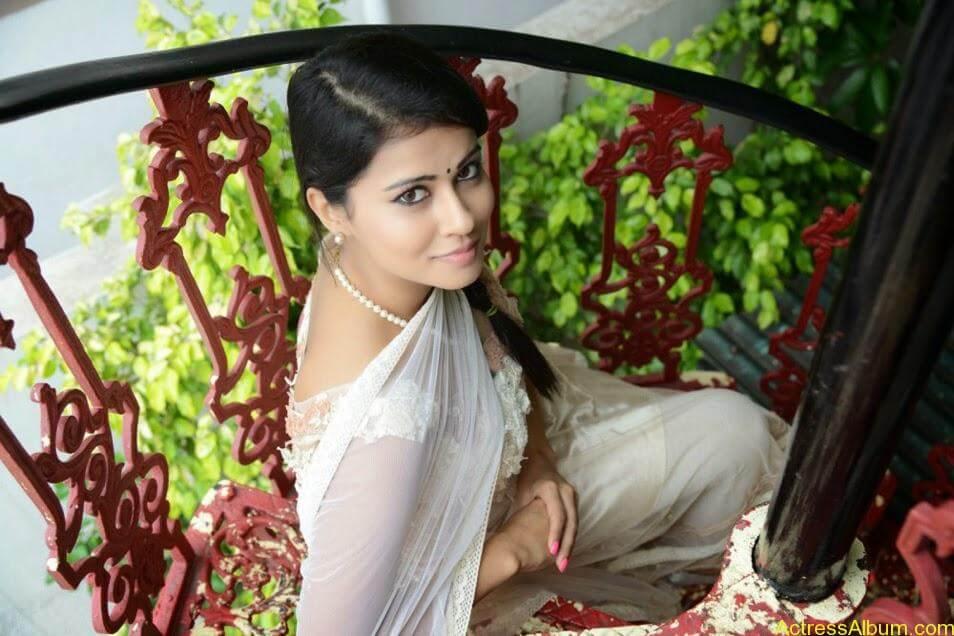 Sharmiela Mandre8