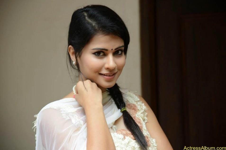 Sharmiela Mandre9