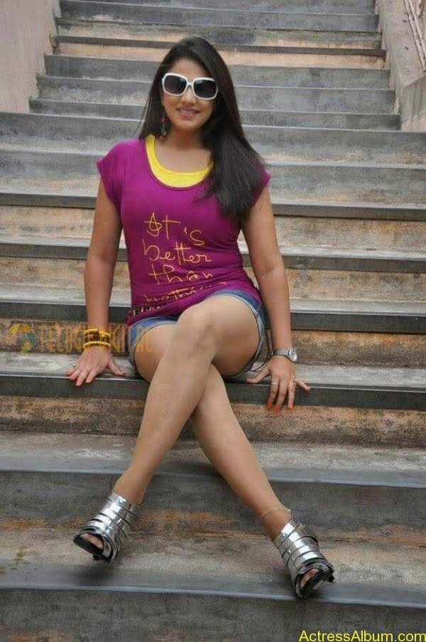 Shivani Tamil_06
