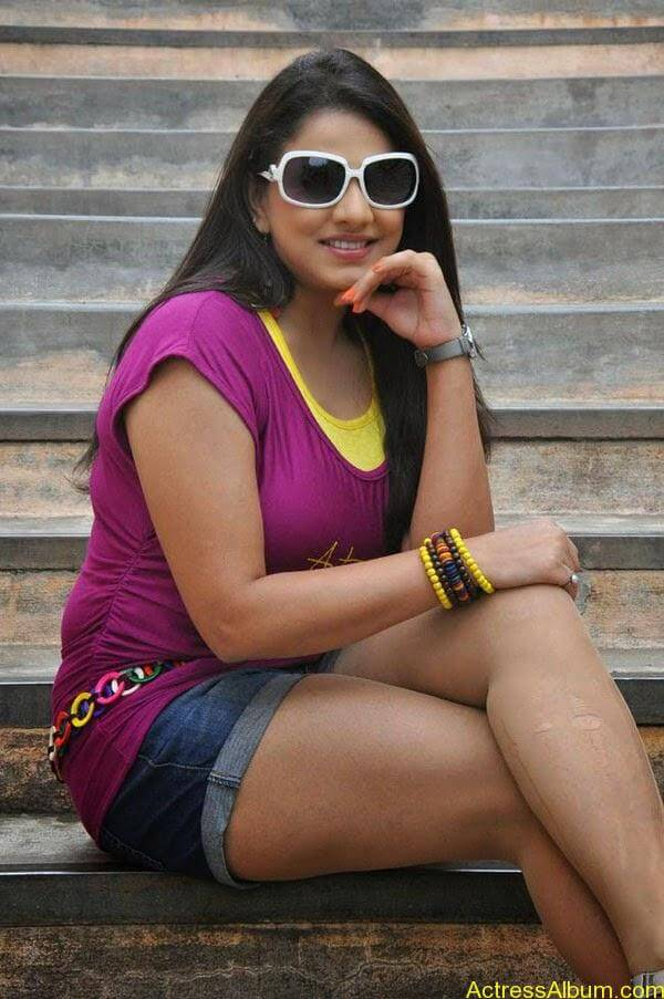 Shivani Tamil_07