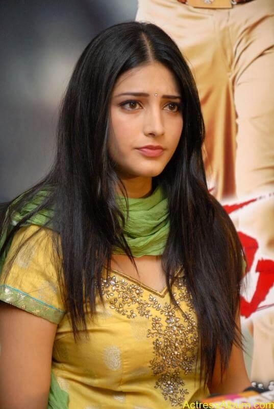 Shruti Hassan (3)