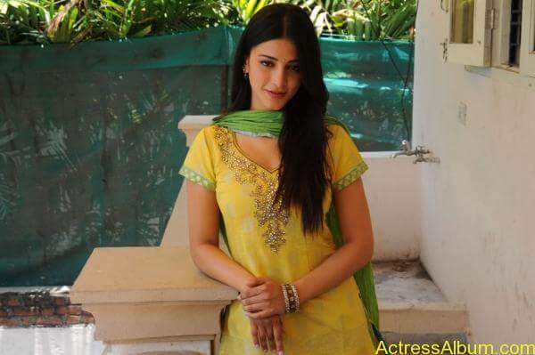 Shruti Hassan (5)