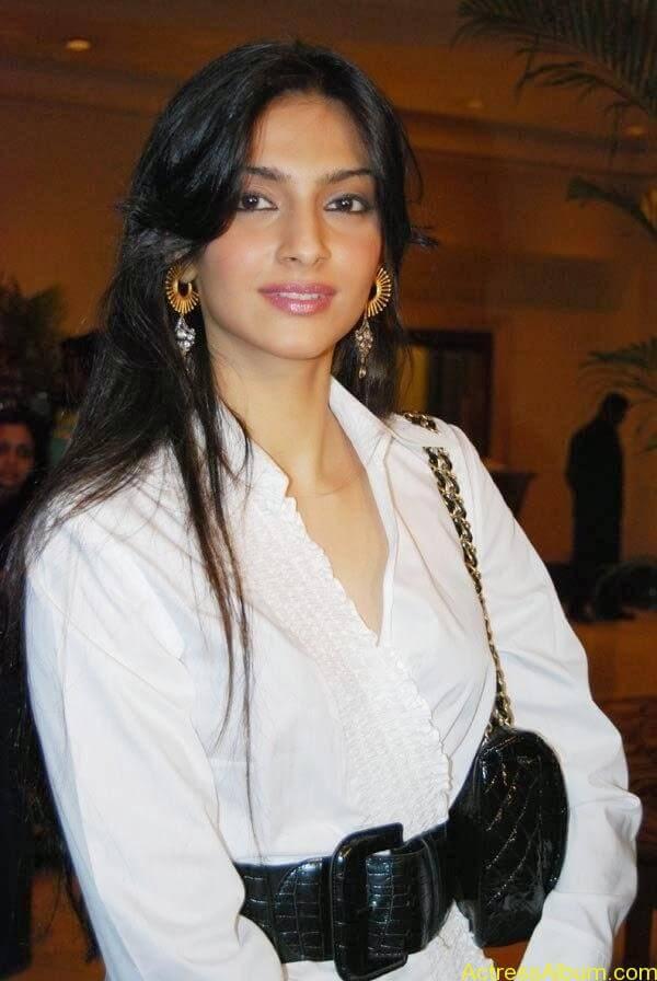 Sonam Kapoor_04